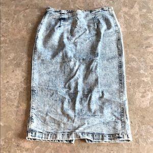 Dresses & Skirts - Distressed washed denim high waisted skirt